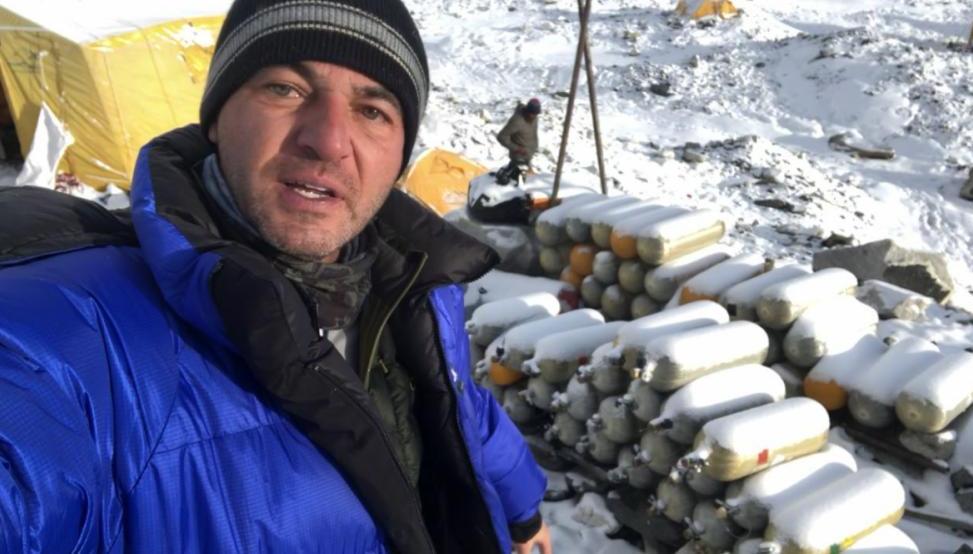 Empresário criciumense André Freitas é o primeiro catarinense a escalar o Monte Everest - WhatsApp/Divulgação/ND