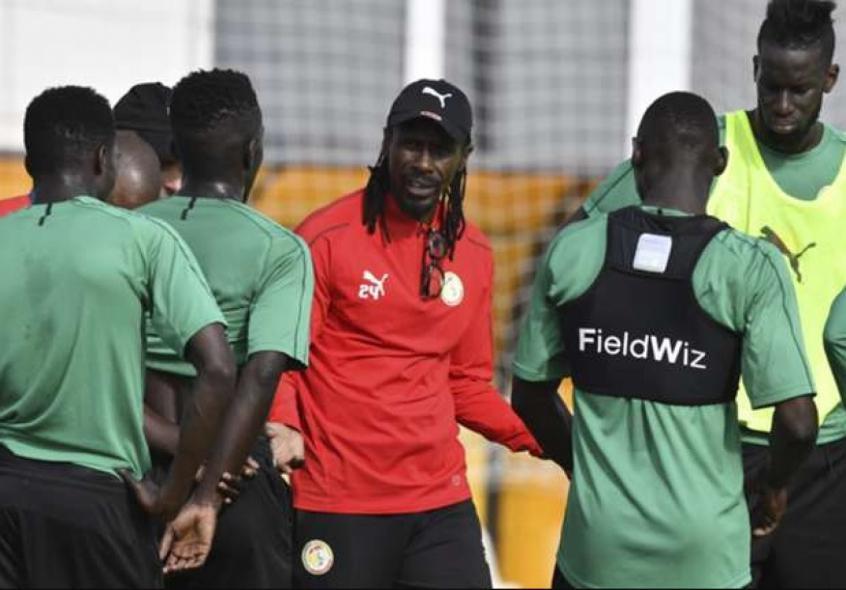 Seleção Senegalesa viaja para Moscou, onde enfrentará a Polônia na estreia da fase de grupos (Foto: Issouf Sanogo/AFP) -
