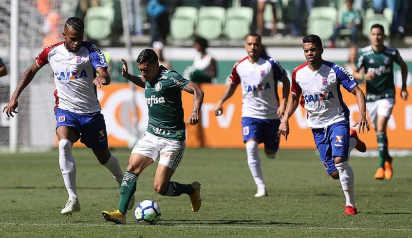 Dudu durante a vitória sobre o Paraná, neste domingo - FOTO: Cesar Greco/Palmeiras