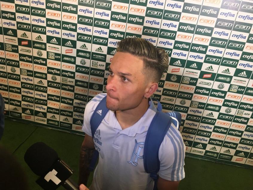Artur fala na zona mista do Allianz Parque após a vitória sobre o Paraná - FOTO: Fellipe Lucena