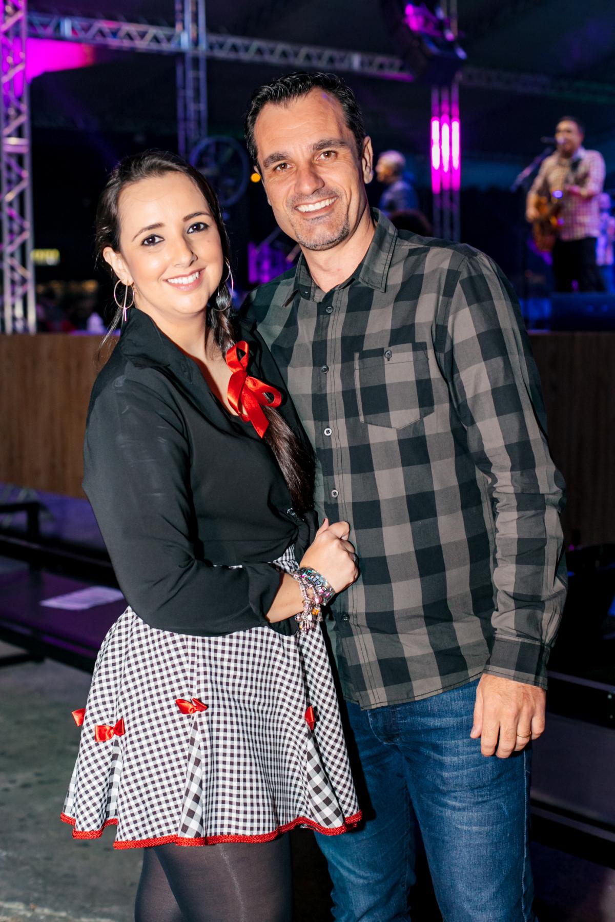 Lisandra Becker e Jaimes Becker  - Caio Graça