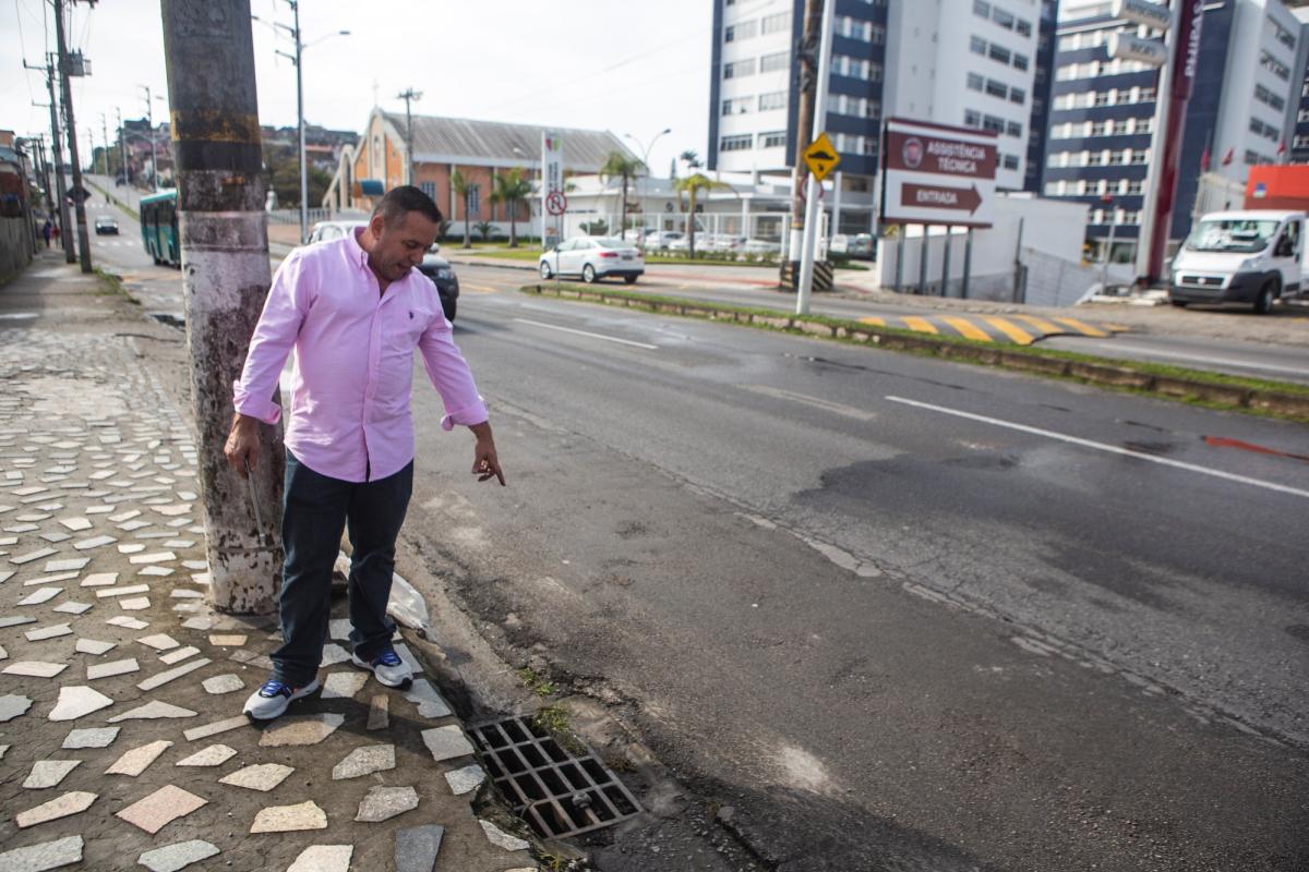 Jovânio reclama do problema de drenagem - Daniel Queiroz/ND