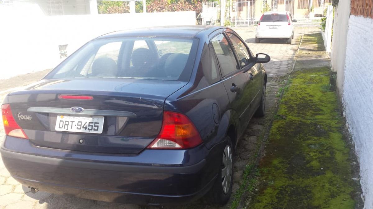 Carro da família foi encontrado em uma rua de Ponta das Canas - Polícia Civil/Divulgação/ND
