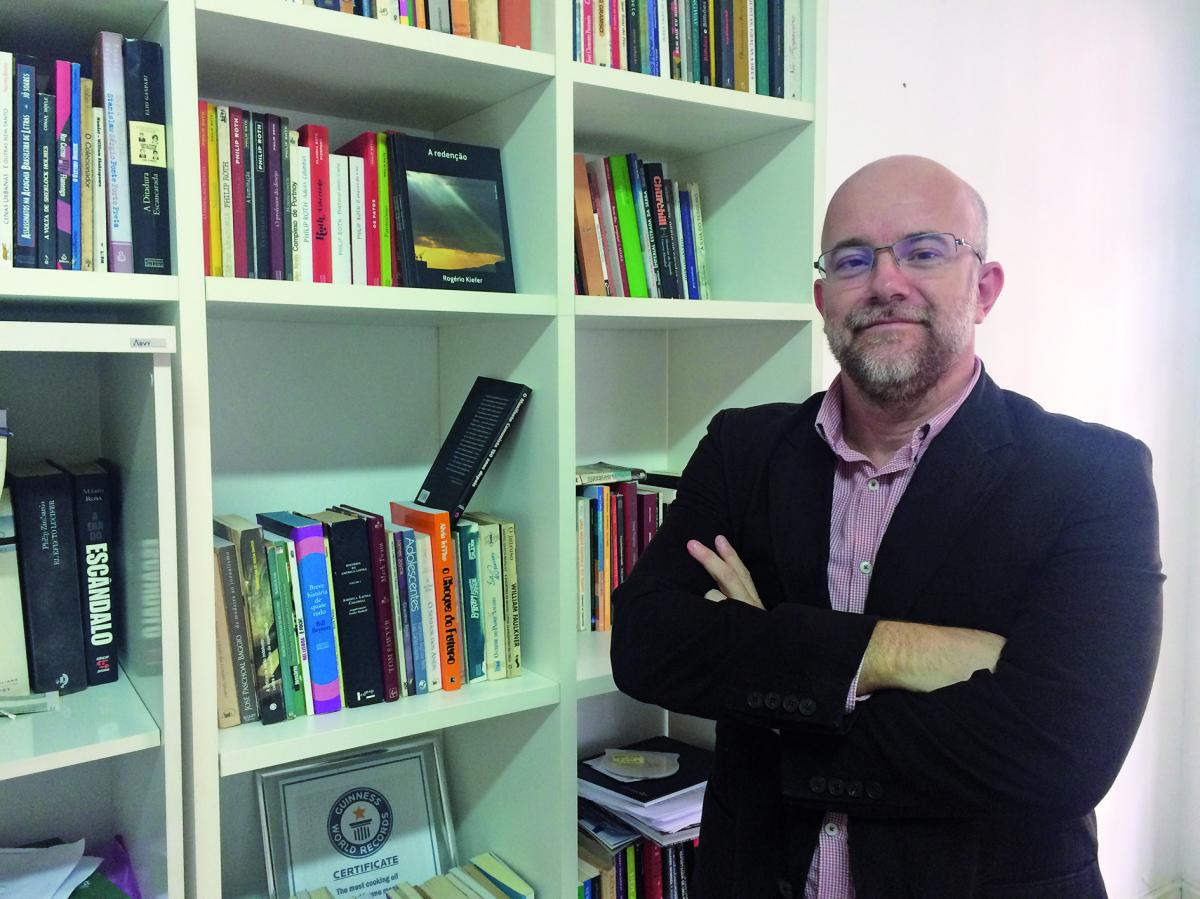 """Além do """"Leituras privadas"""", Rogério Kiefer é autor de """"A Redenção"""", sua primeira incursão no gênero novela - Divulgação/ND"""