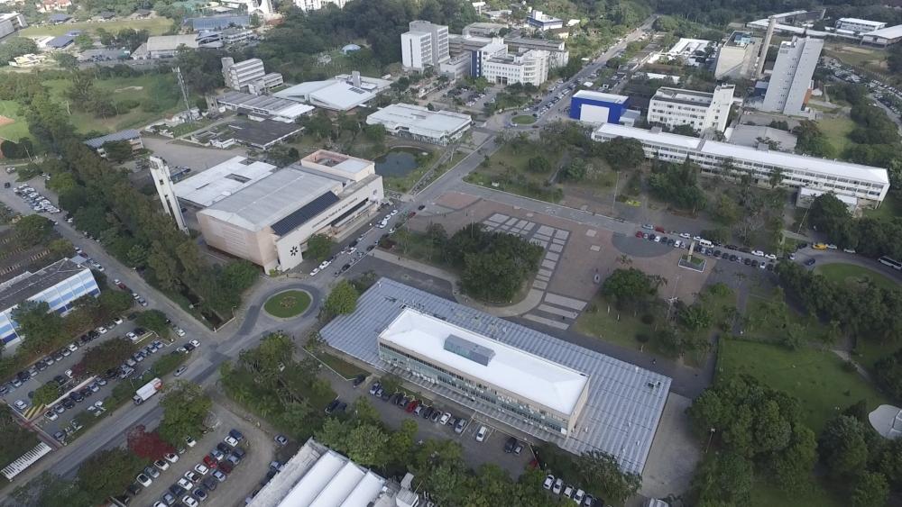 Toda a área de 1.140.000 de metros quadrados do campus da UFSC será monitorada pelos drones - Rafael Carvalho/DV3/ND