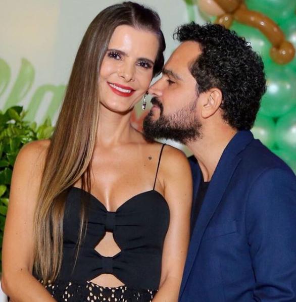 Flávia e Luciano Camargo em foto publicada pelo cantor - Instagram/Reprodução/ND