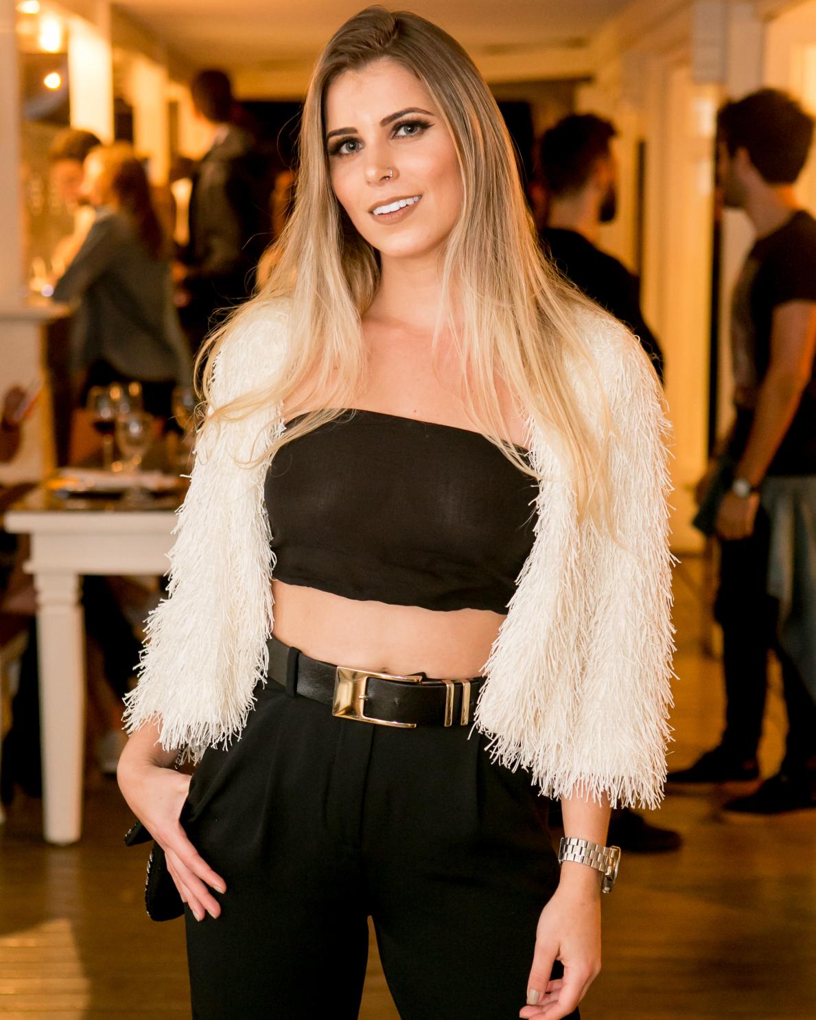 Maia Moreira - Larissa Trentini