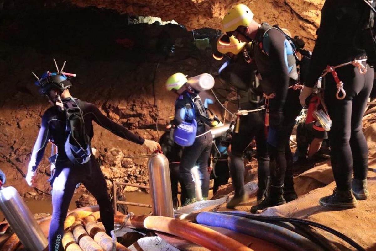 Participam da operação de resgate 13 mergulhadores estrangeiros e cinco locais - Royal Thai Navy/Divulgação/ND
