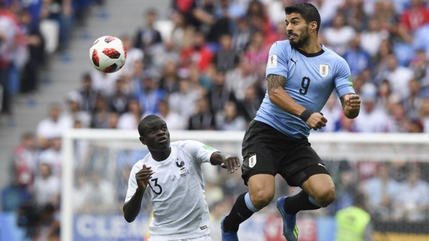 Suárez teve atuação apagada na partida realizada nesta sexta-feira (Foto: MARTIN BERNETTI / AFP) -