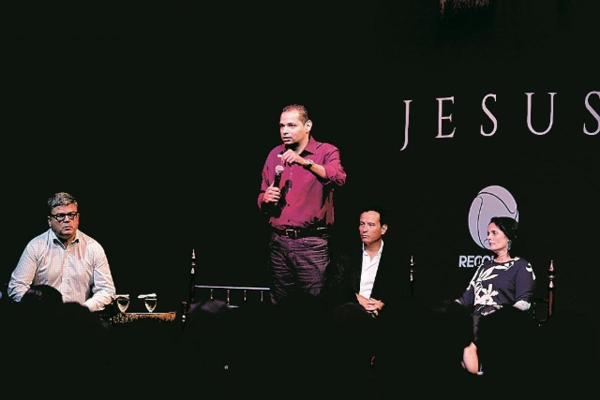 """Clipes e cenas de""""Jesus"""" foram mostradas em primeira mão na coletiva. Novela estreia no próximo dia 24 - Blad Meneghel/Divulgação/ND"""