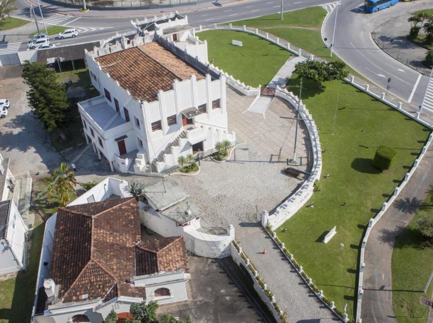 Museu está na antiga sede da Capitania dos Portos, no centro de Florianópolis - Flávio Tin, ND