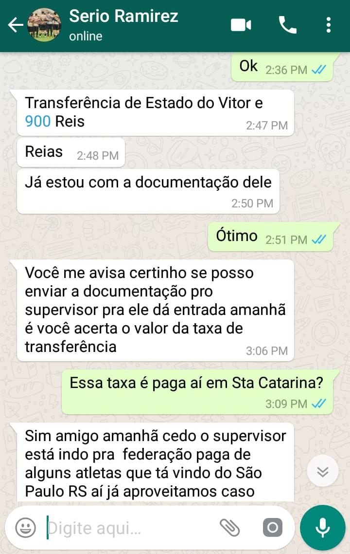Conversa entre o estelionatário e o pai do atleta gaúcho - arquivo pessoal/divulgação/ND