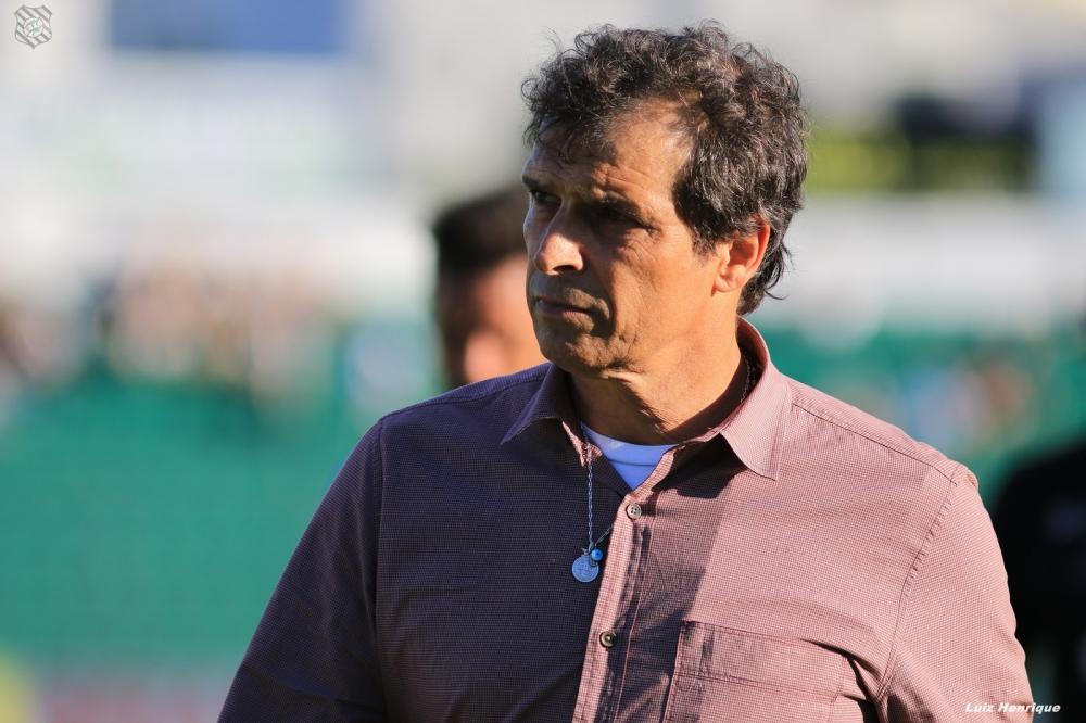 Milton Cruz lamentou derrota para América-MG, mas confia em resultados positivos fora - Luiz Henrique/Figueirense FC
