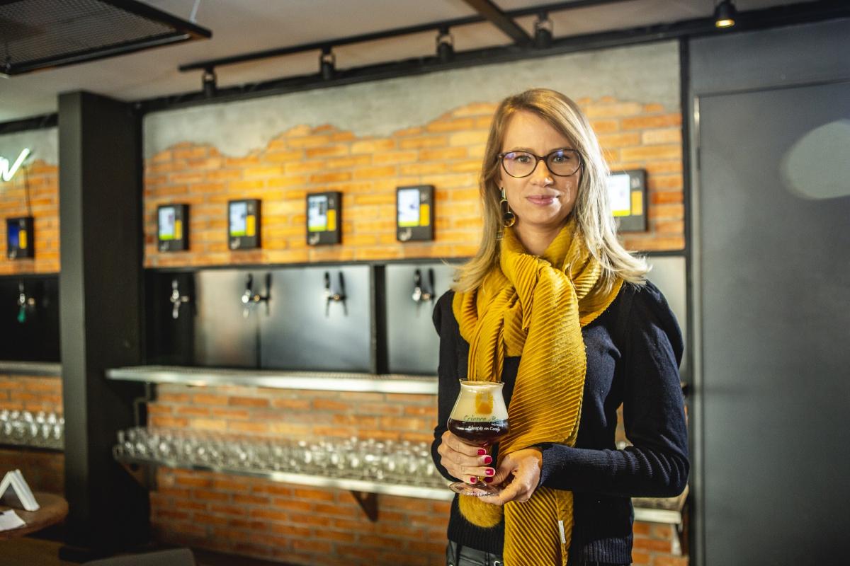 Amanda Reitenbach tem mestrado pela UFSC e  doutorado na Alemanha com pesquisa voltada ao mundo da cerveja - Daniel Queiroz/ND