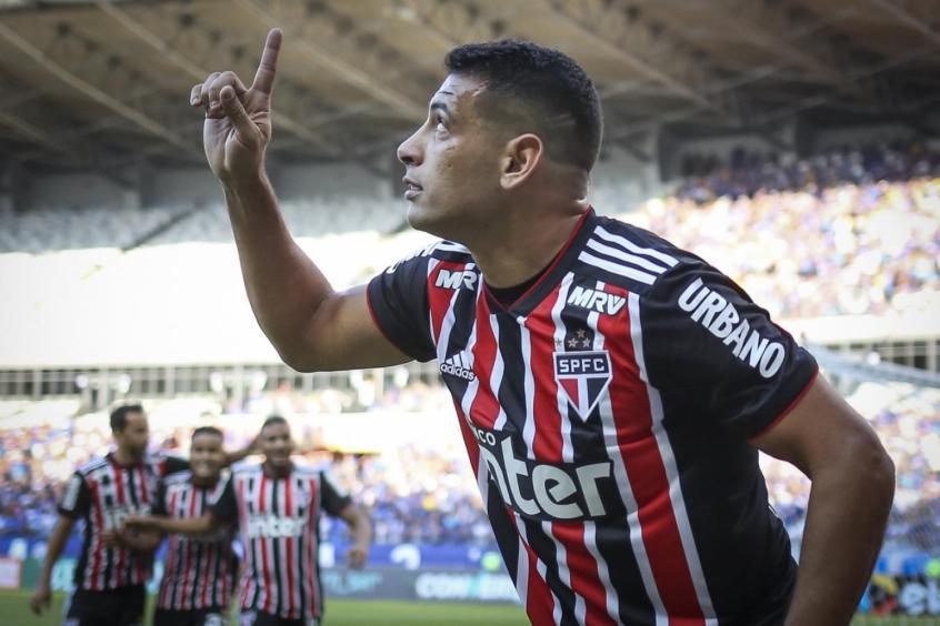 Diego Souza fez o primeiro gol do Tricolor contra a Raposa e comentou sobre a atitude de seu companheiro (Foto: Thomas Santos/AGIF) -