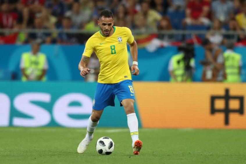 Renato Augusto está cortado dos amistosos da Seleção Brasileira (Foto: Divulgação)
