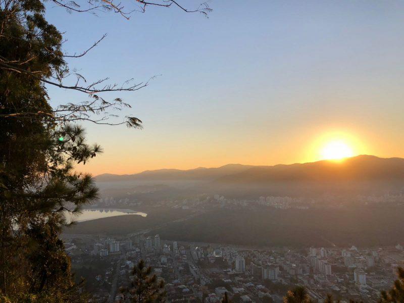 O sol deve predominar nesta quinta-feira em Santa Catarina – Viviane de Gênova/ND