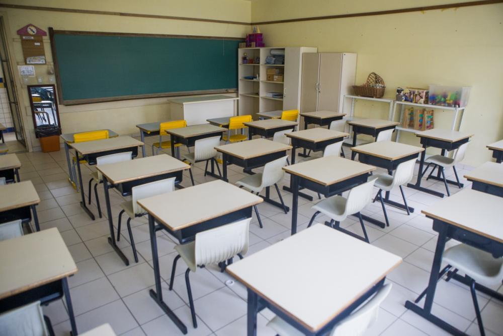 Salas de aula ficarão vazias no contraturno escolar - Flávio Tin/ND