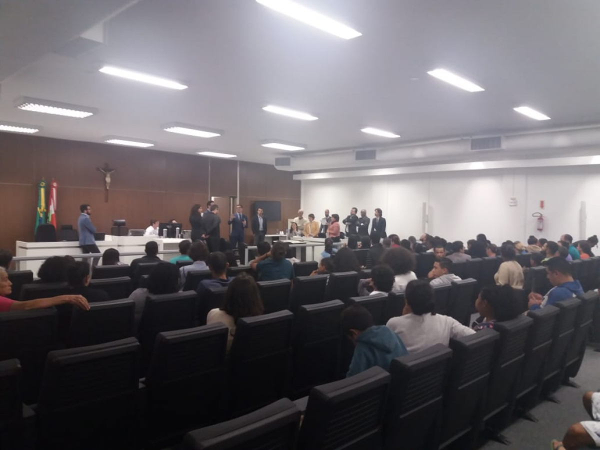 Audiência pública sobre Ocupação da Caeira termina sem solução - Cristiano Dalcin
