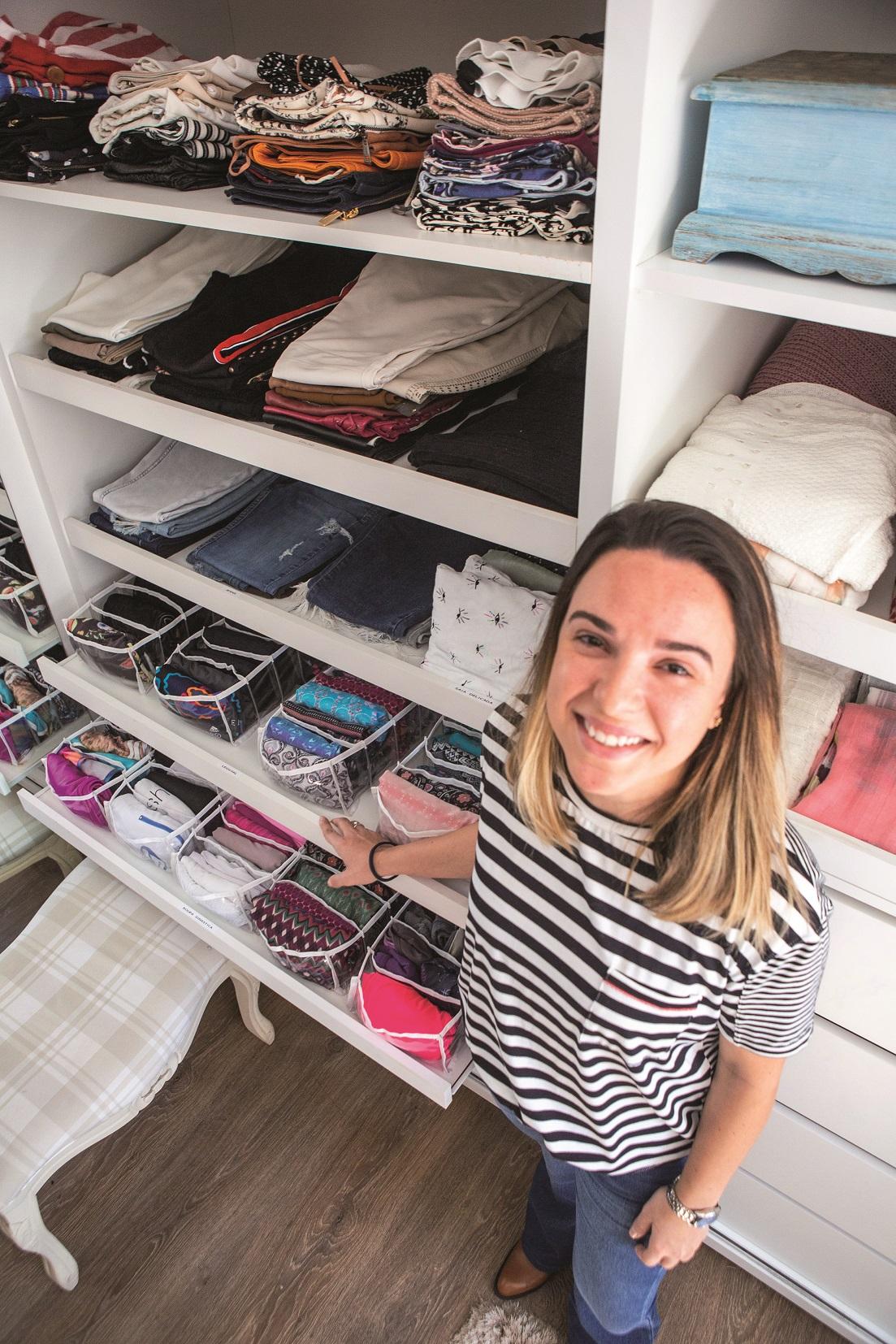 Fernanda Cavalcanti criou uma empresa especializada em organização de ambientes - Daniel Queiroz/ND