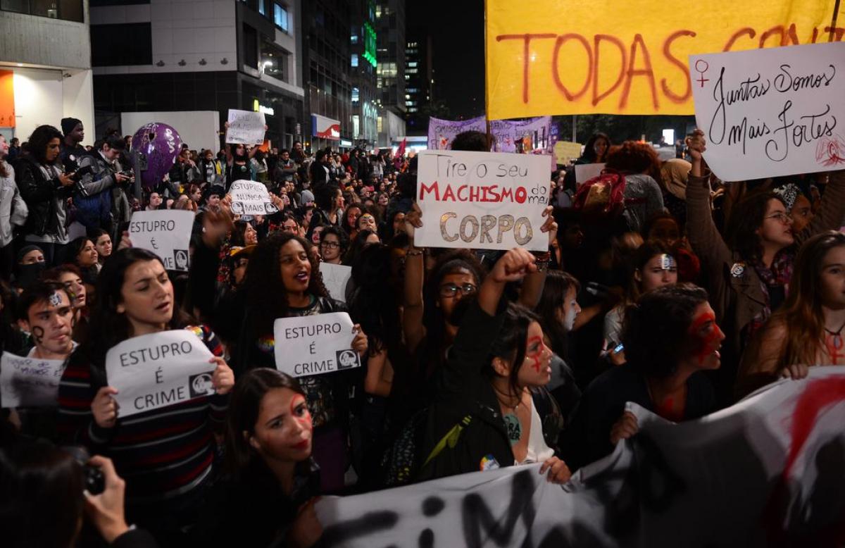 Ato Por Todas Elas contra o estupro, em São Paulo - Rovena Rosa/Agência Brasil