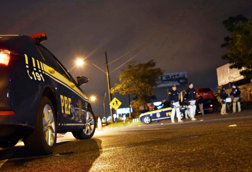 A PRF flagrou 92 motoristas dirigindo sob efeito de álcool em SC neste fim de semana - PRF/Divulgação/ND