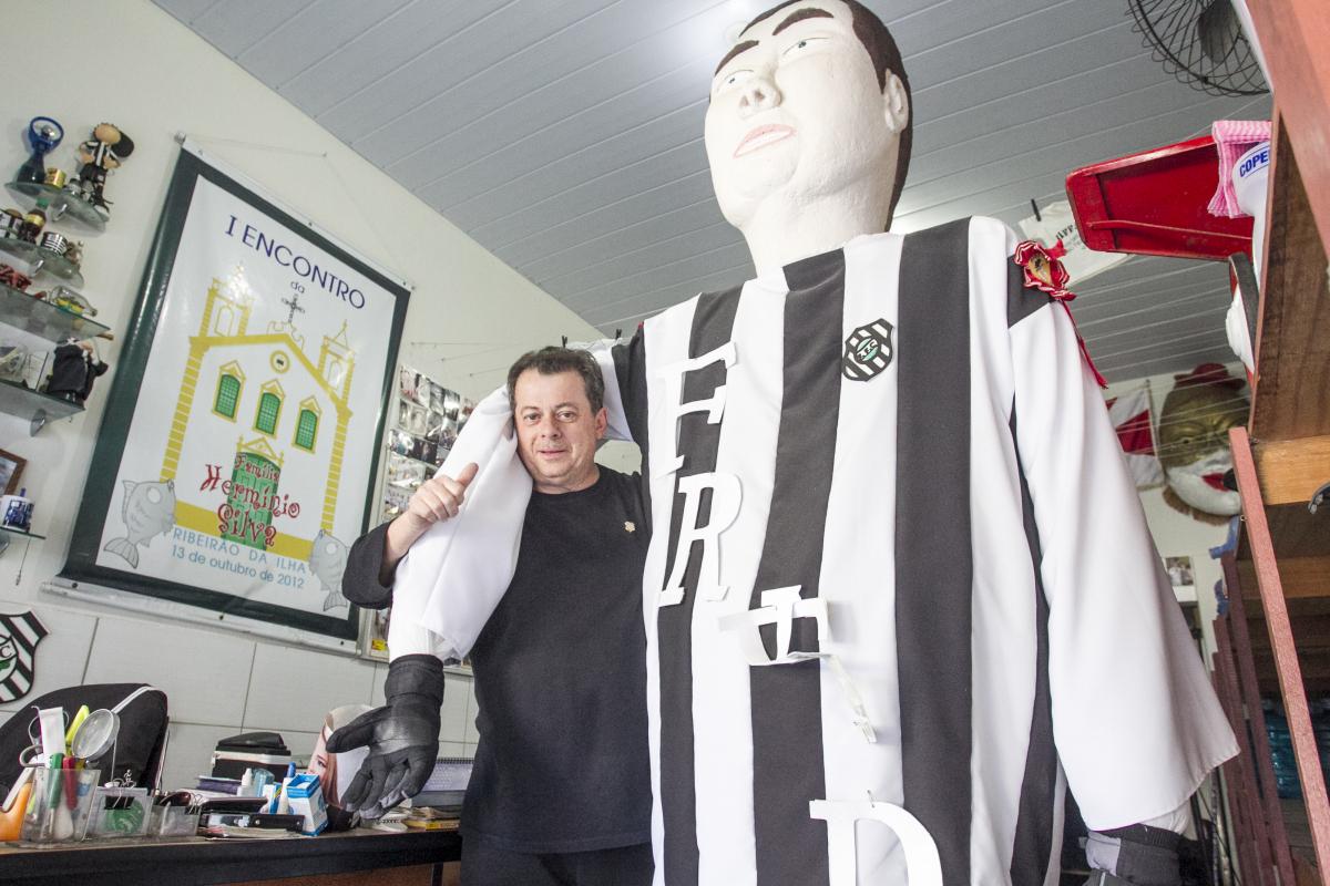 Fred é sócio do Figueirense desde que nasceu, em 1958 - Marco Santiago