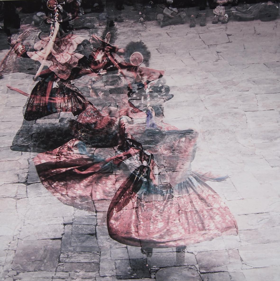 Heloisa Oliveira Dança em Butão - Divulgação