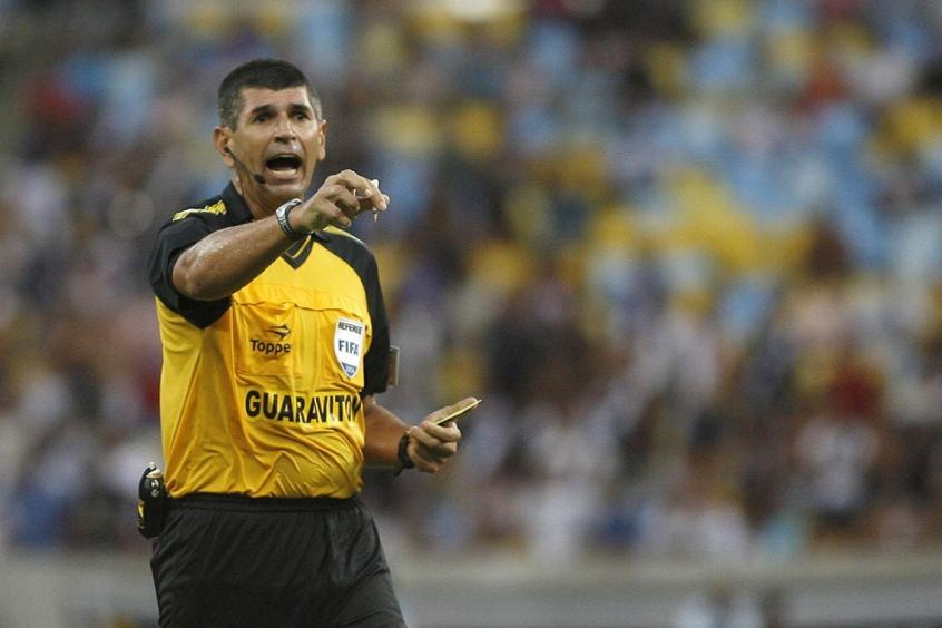 Marcelo de Lima Henrique é um dos árbitros mais conhecidos do Estado do Rio (Foto: Bruno de Lima/ LANCE!Press) -