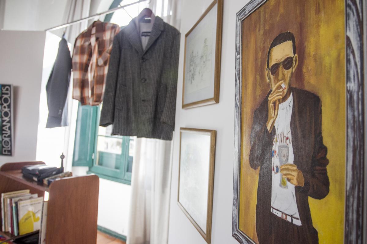 Exposição reúne acervo pessoal e obras relacionadas ao poeta Zininho, na Capital - Marco Santiago/ND