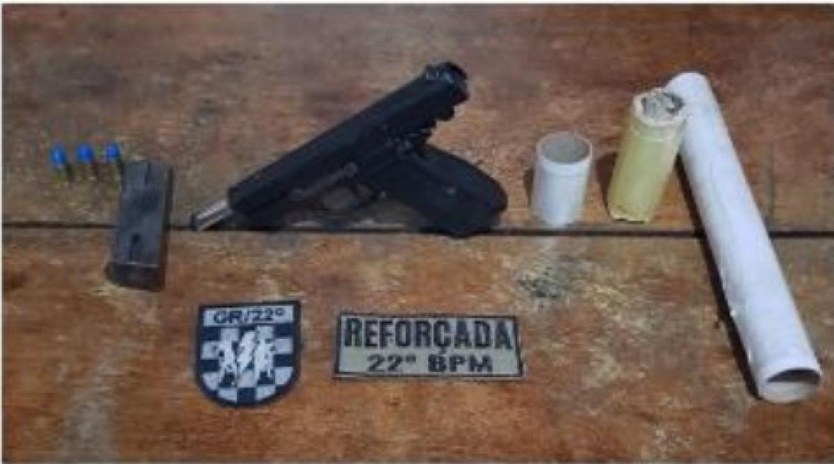 Pistola foi apreendida e encaminhada para uma delegacia - Polícia Militar/Divulgação/ND