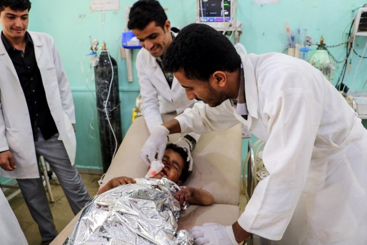 Não ficou claro quantas crianças morreram e quantas ficaram feridas - STRINGER / AFP