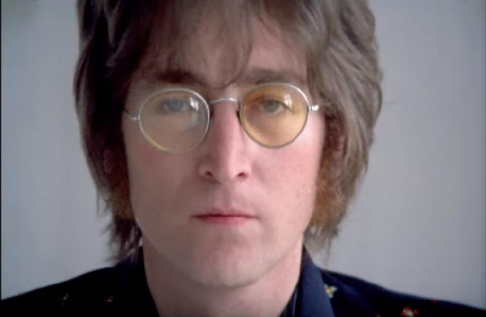 John Lennon foi morto a tiros em 1980 - Reprodução/Youtube