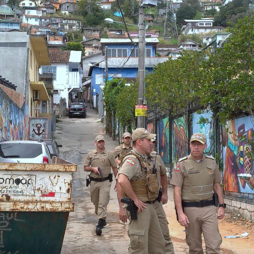 Policiamento a pé no Morro do Mocotó - Divulgação/ND
