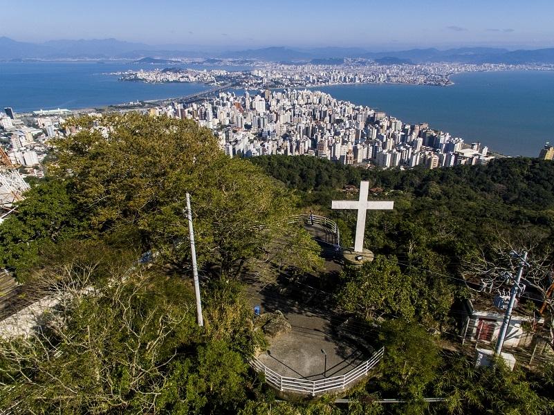 Mirante do Morro da Cruz é um dos mais visitados da cidade - Flávio Tin/ND