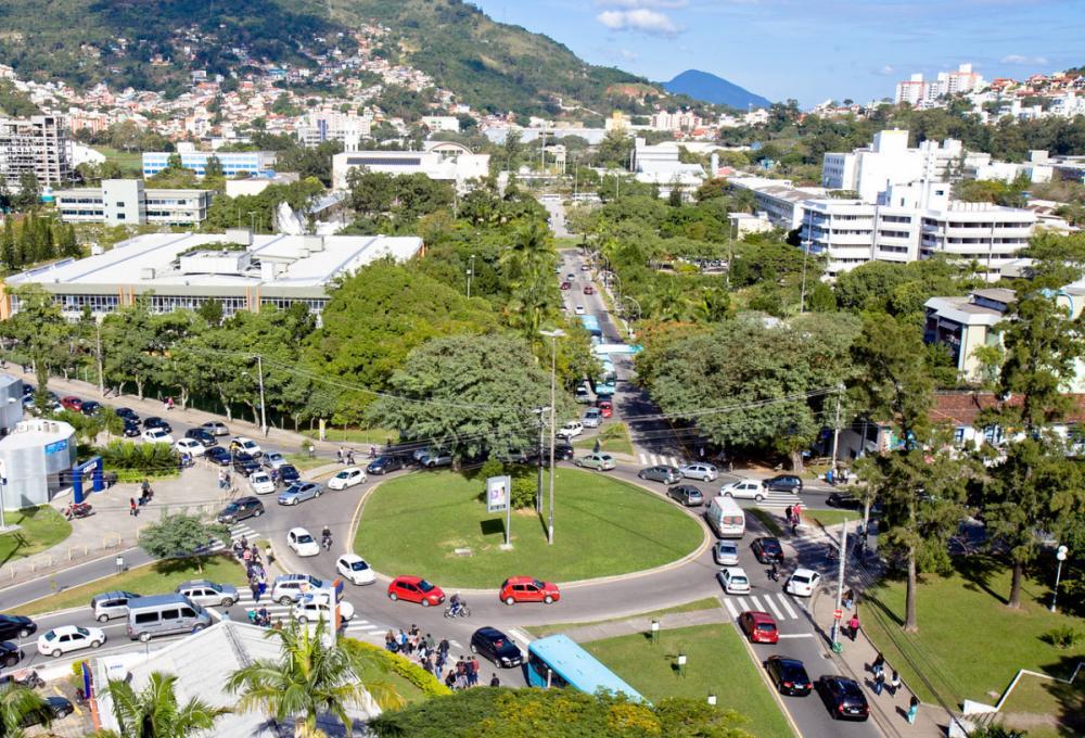 Em 2017, uma recomendação já havia sido expedida à administração municipal, pedindo análise da situação das ruas do entorno da UFSC - Arquivo/ND