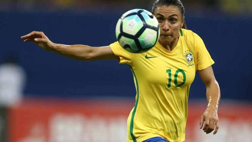 eda05efa79f8f Nem mesmo a presença de Marta garantiu a vitória ao Brasil – Divulgação ND