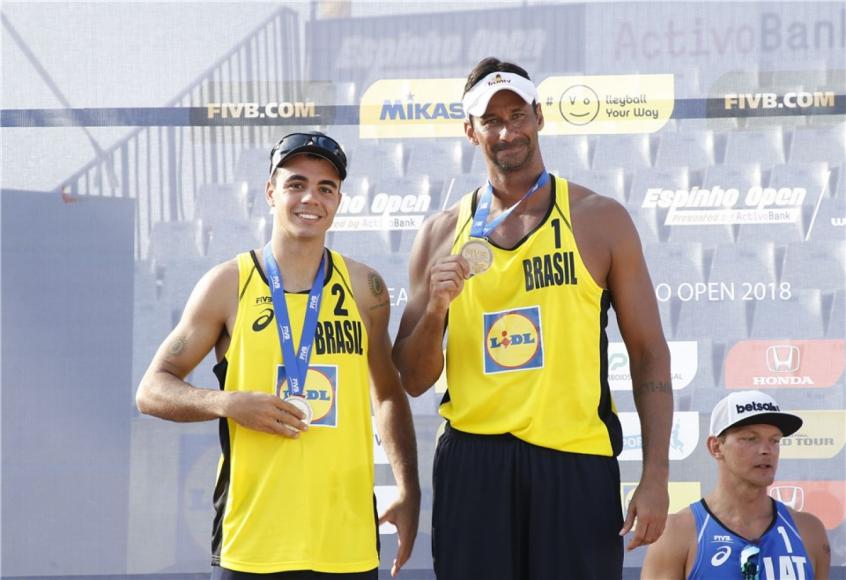 Brasileiros garantem prêmios no Circuito Mundial de Vôlei de Praia (Foto: Divulgação)