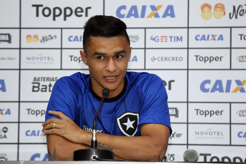 Erik chegou ao Botafogo por empréstimo repassado pelo Atlético-MG (Vitor Silva/SSPress/Botafogo)