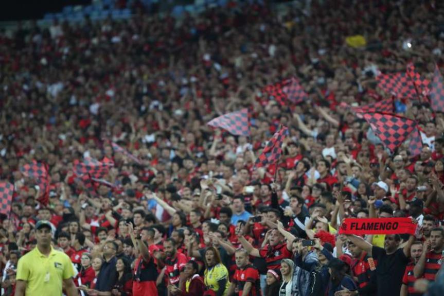 Flamengo lidera com folga o Top 10 de média de público pagante do Brasileirão-2018, e é seguido por três rivais paulistas: São Paulo, Palmeiras e Corinthians, além da dupla gaúcha Internacional e Grêmio, e o Ceará. Todos como mais de 20 mil pagantes por jogo. Veja a lista a seguir: - Gilvan de Souza