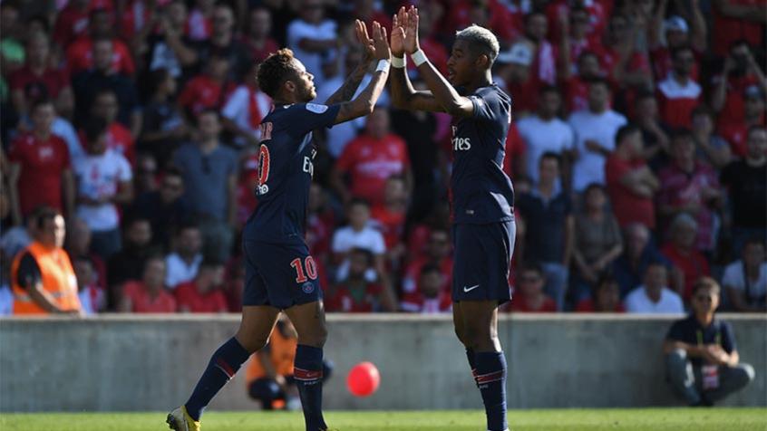 Neymar abriu o placar do jogo (Foto: AFP/Pascal Guyot)