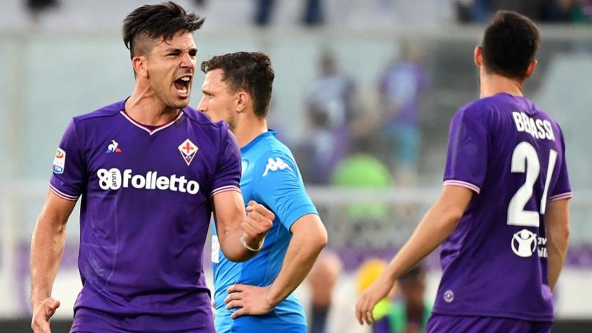 Giovanni Simeone tem brilhado com a camisa da Fiorentina e marcou o terceiro gol da Argentina, no último sábado, contra a Guatemala (Foto: AFP)