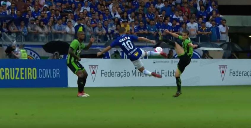 O golaço é o único representante do futebol brasileiro masculino na premiação - Reprodução