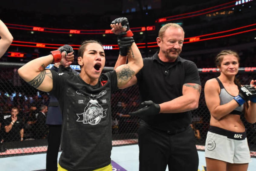 Jessica Bate-Estaca revelou que se ofereceu para 'salvar' disputa de título no UFC 228 (Foto: Getty Images)