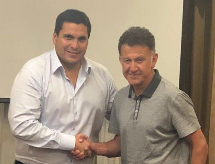 Juan Carlos Osorio acertou na última segunda-feira com o Paraguai. Ele comandou a seleção mexicana na última Copa do Mundo - Divulgação