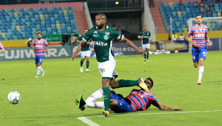 Gilberto Jr. já disputou 19 partidas na atual Série B (Foto: Rosiron Rodrigues/Goiás)