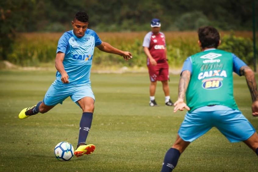 O jovem Ederson fez sua estreia no profissional contra o Botafogo e pode estar em campo sábado -bVinnícius Silva/Cruzeiro