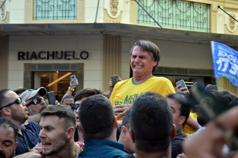 Presidenciável Jair Bolsonaro foi atacado na quinta-feira (6) - Raysa Leite/Folhapress