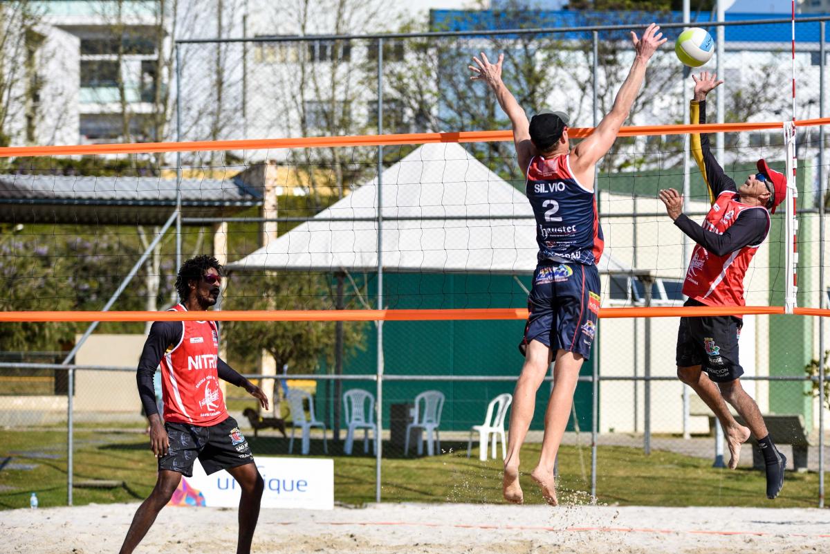 Dupla de São José sagrou-se campeã do vôlei de praia em Caçador - Fom Conradi / Fomtography