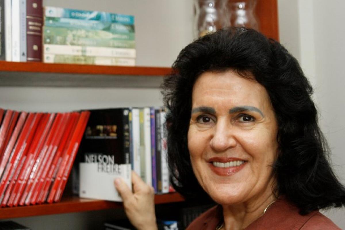 Neyde Coelho destaca o cuidado com os programas da entidade - Marcelo Bittencourt/Arquivo/ND